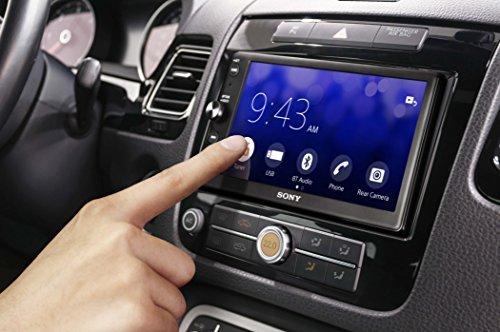 Qu'est ce qui influe sur la sonorité média dans une voiture